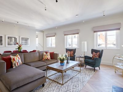 Photo for Grand 3BR/3BA Penthouse in Covent Garden by Sonder