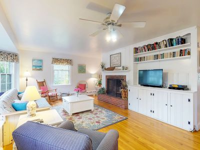 Photo for NEW LISTING! Charming island cottage w/ fireplace - close to town & beaches!