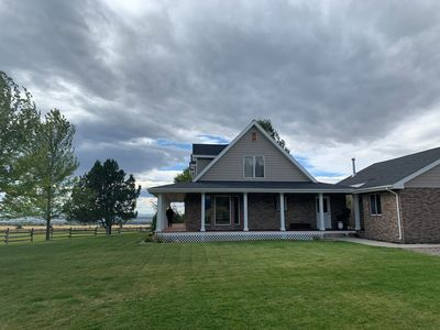 All Inn Bozeman - Amazing home north of Bozeman with Bridger views.