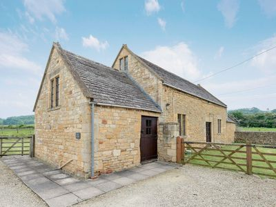 Photo for 4 bedroom property in Chipping Campden.