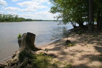 80 feet of riverfront for swimming, boating, basking