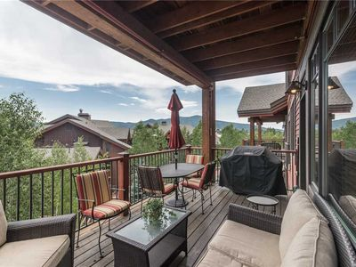 EL5203 Lovely Mountain Condo with Professional Finishes! 4 POOLS!