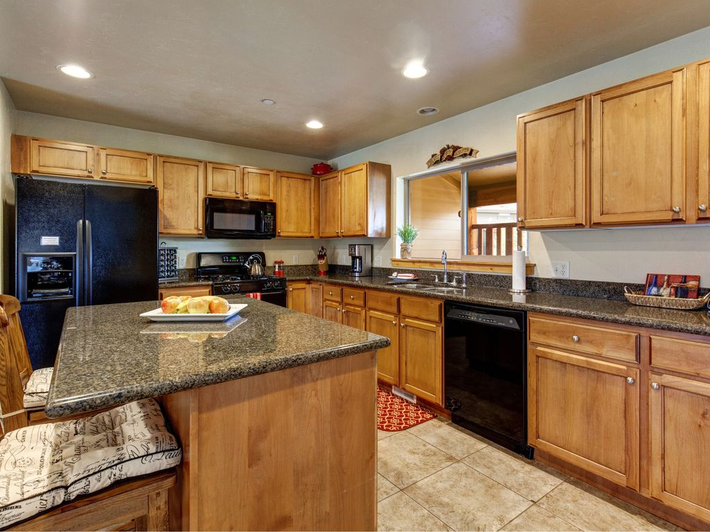 Remarkable 4BR/3.5BA Bear Hollow Townhome w... - VRBO