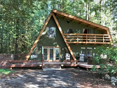 Photo for Vacation home 30SL-Cabin With Hot Tub and Balcony in Mount Baker/Glacier - 6 persons, 2 bedrooms