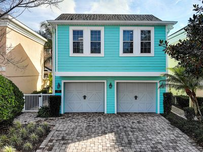Photo for Amazing 5 bed Reunion home with Guest Annex