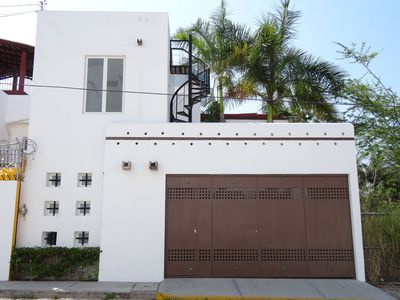 Photo for High End Contemporary Private House, Artist Getaway-Steps From Beach!