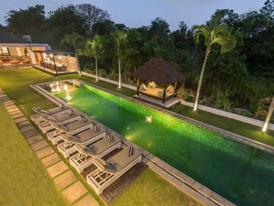 Photo for Seminyak, Large Groups, 11 Bdr/14 beds,Near Beach