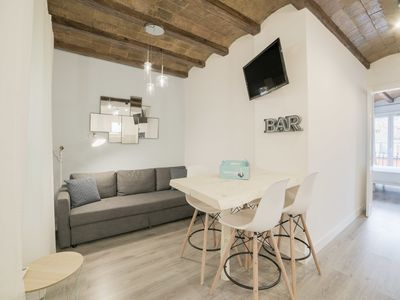 Photo for Modern & Chic 2Bed Apt in Lesseps