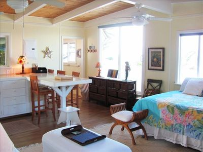 Photo for Wonderful, Relaxing Beach Front Studio!