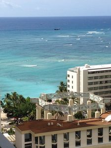 Daytime view from lanai 24th floor, check surf conditions from your room