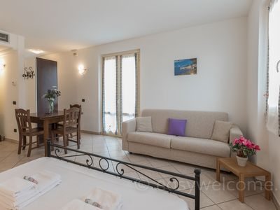 Photo for Studio with terrace overlooking the lake a few steps from the center of Bellagio