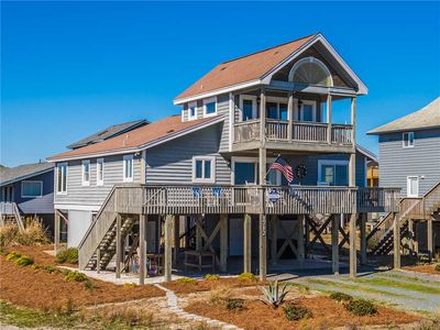 Photo for BARRETT COTTAGE: 3 BR / 2.5 BA second row ocean in Topsail Beach, Sleeps 6