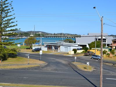 Photo for Anchorage 10 - Tuncurry, NSW