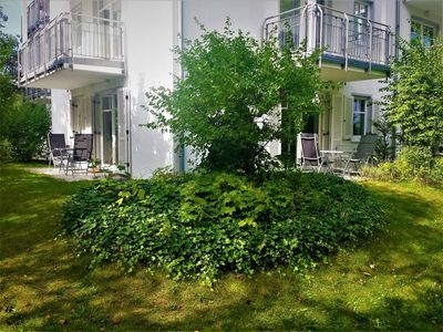 Photo for A beautiful 3-room apartment on Rügen with direct access to the Baltic Sea!