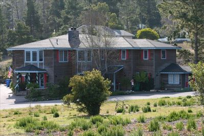 Cambria - Affordable mansion  Perfect for a friends / family gathering   15-20+! - Cambria