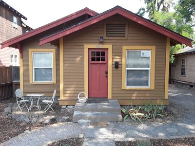 Photo for 2BR Bungalow Vacation Rental in Bend, Oregon