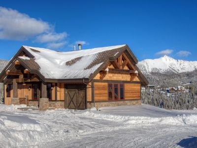 Photo for Luxury Ski in/out with Private Lodge & Pool - Cascade Ridge