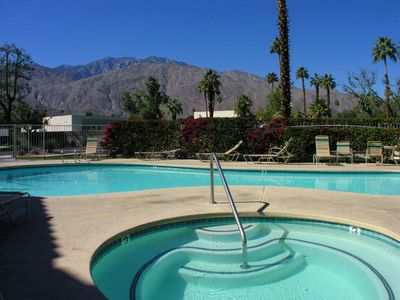 Photo for Beautiful First Floor end-unit @ Mesquite CC Phase-3 + Great Mountain Views!