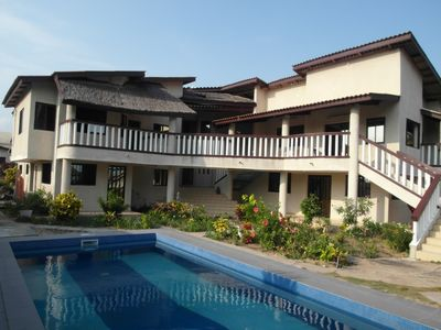 Grand Popo (Benin): Character house with garden, pool and panoramic views