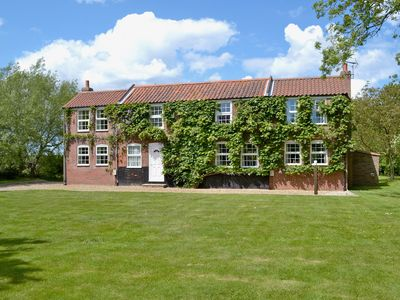 Photo for 5 bedroom accommodation in Hickling