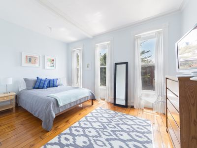 Photo for Sunny Apartment in Park Slope, Brooklyn