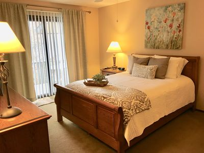 Master bedroom with queen size bed. Adjoining bathroom.