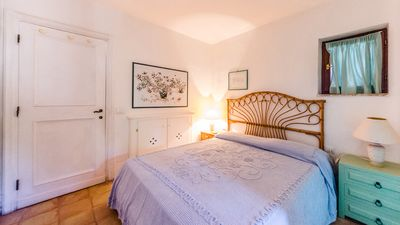 Photo for Il Sogno - Beautiful apartment with direct access to the beach