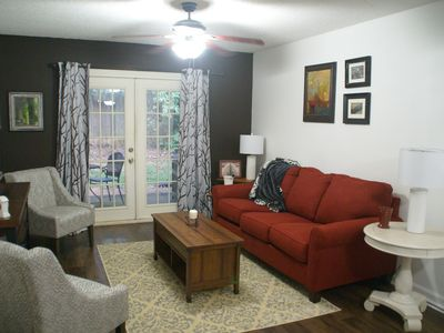 Photo for Less than 2 miles to Downtown and sleeps 6.