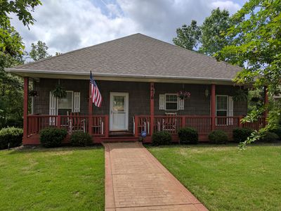Photo for 4BR House Vacation Rental in Sherrills Ford, North Carolina