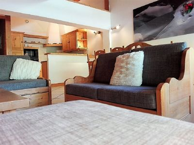 Photo for Apartement 7 , 4/6 pers, 200m from the ski slopes