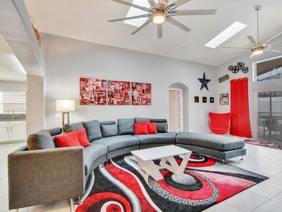 Photo for Welcome to The new Star, 5 bedrooms , 4 bathroom southfacing pool and spa