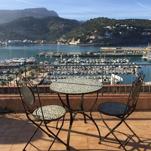 Photo for Fantastic New Beach Apartment with Views over Mountain, Harbour. WIFI and SAT TV