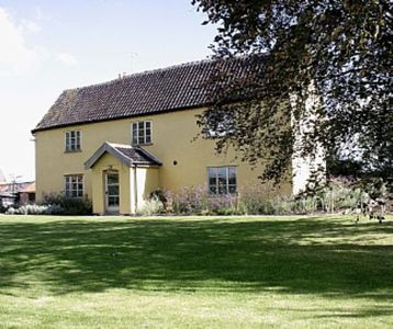 Photo for 6BR Farmhouse Vacation Rental in Halesworth, Suffolk