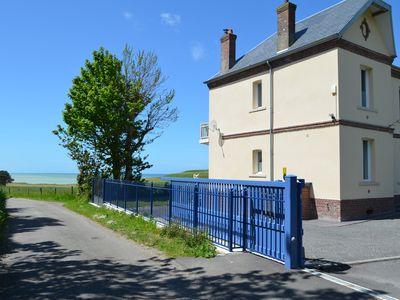 Photo for Villa Chante-Brise: magnificent view of the sea and the cliffs 12 km from Dieppe