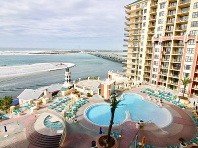 Photo for Amazing Waterfront Views from this Luxurious Poolside Condo With Beach Service!