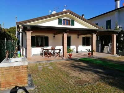 Photo for House for 4 People, A/C, Garden, 1,4km from Sea, WiFi