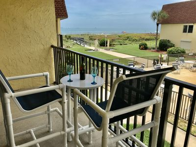 Hear the waves while sipping a glass of wine on the balcony!
