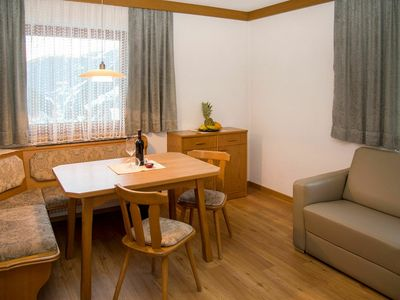 Photo for Cosy apartment for 22 guests with WIFI, TV, balcony and parking