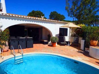 Photo for Villa with Private Pool, WiFi and air-con in Vale do Lobo V735