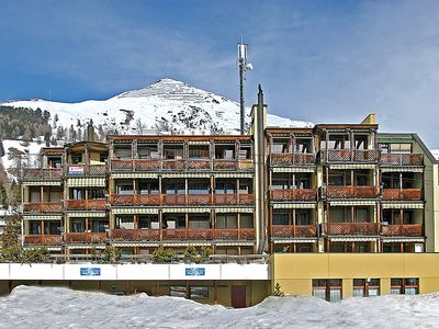 Photo for Apartment Touring in Davos - 6 persons, 3 bedrooms