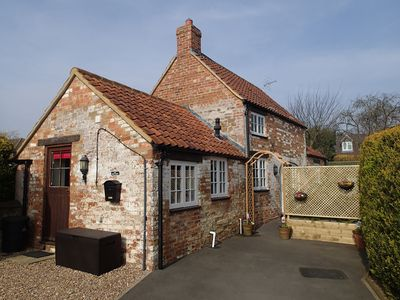 Photo for Explore Northamptonshire excellent central location using road, bus and rail.