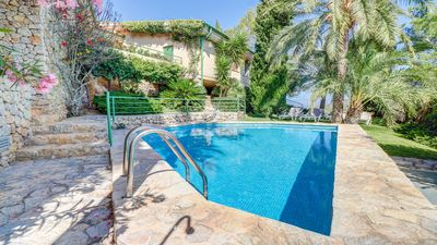 Photo for Late season offers in this private family villa
