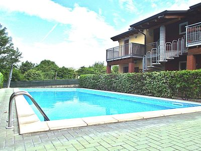 Photo for Holiday apartment Castelnuovo del Garda for 6 persons with 2 bedrooms - Holiday apartment