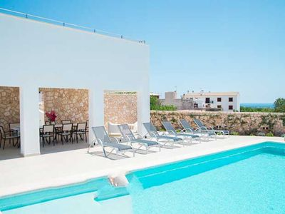Photo for 5 bedroom Villa, sleeps 10 with Air Con and FREE WiFi