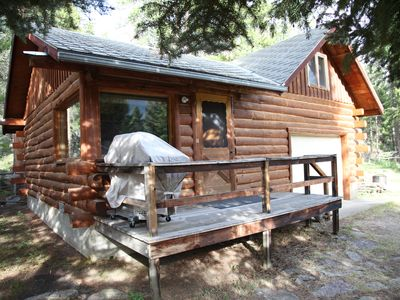 Photo for Cabin With Sleeping Loft 20 Miles From NE Entrance Of Yellowstone