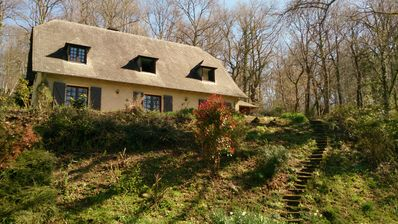 Photo for Luxury woodland escape, stunning mountain views 4 double bed with 3 bath & pool