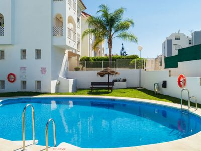 Photo for Torremolinos Apartment, Sleeps 5 with Pool and Air Con