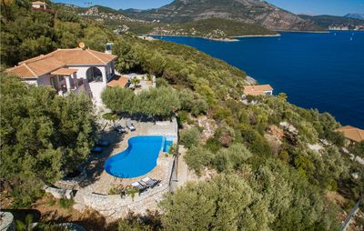 Photo for 4 bedroom accommodation in Lefkada