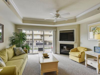 Photo for Near Seacrets! Gorgeous Condo - Rooftop Pool & Private Beach!