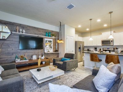Photo for Perfect Spacious Townhome Priv Pool Close to Disney 3806